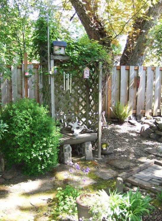 2011-05-19 GramasGarden 020